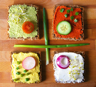 pasty do kanapek, colorful sandwich spreads