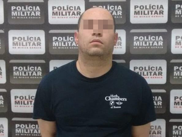 POLÍCIA PRENDE ESTELIONATÁRIO QUE ANDAVA NA NOITE EXTORQUINDO DINHEIRO DE MORADORES