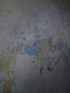 Mempebaiki Cat Tembok Kamar Mandi yang Mengelupas