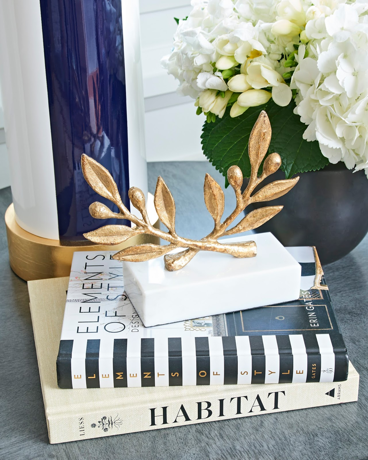 gold table decor, modern coffee table styling