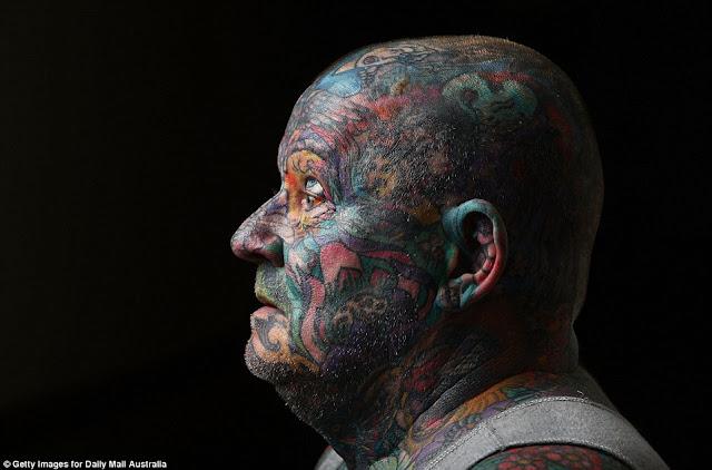 John Kenney Manusia Dengan Tato terbanyak Seluruh Tubuh