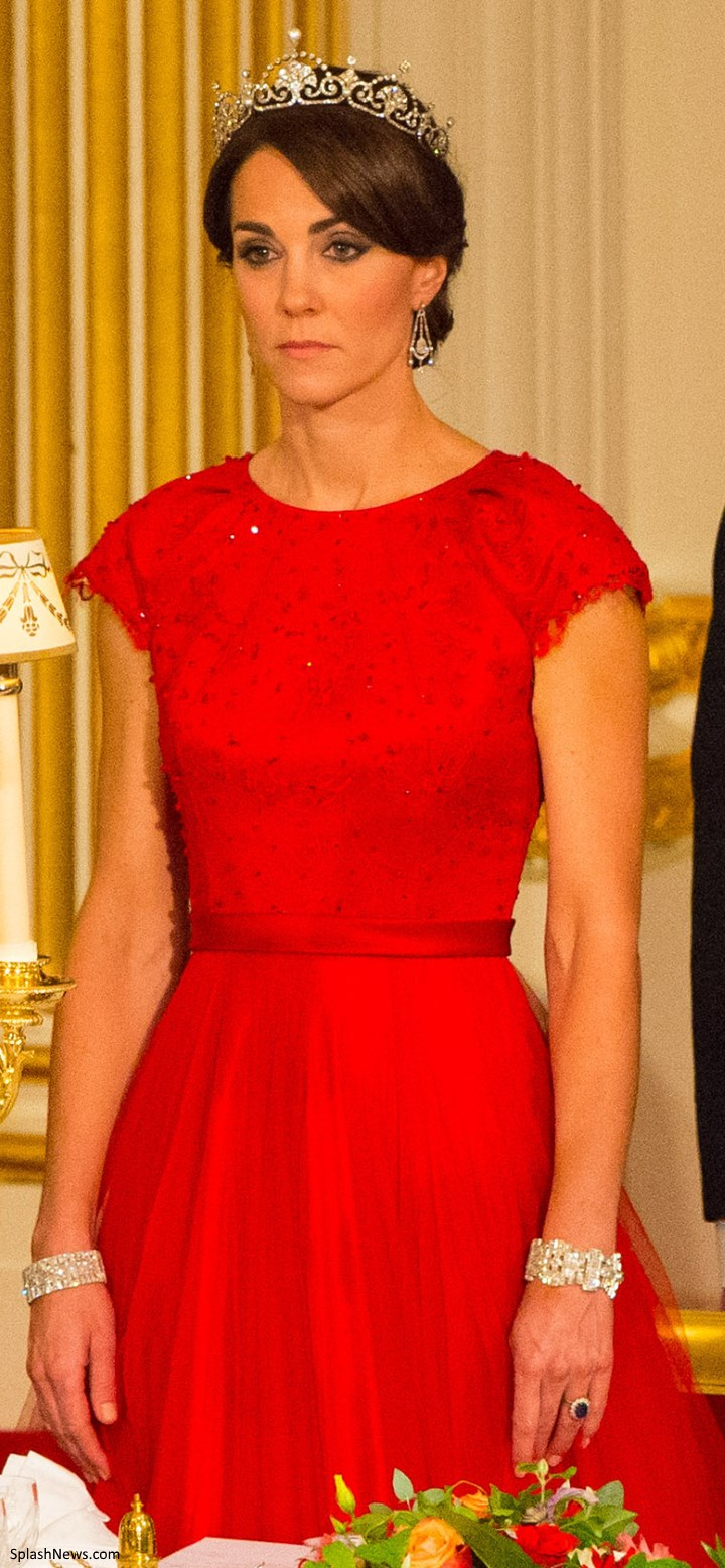 Duchess Kate The Duchess Dazzles In Cambridge Lovers Knot