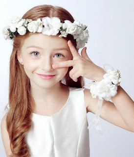Curl Long Hairstyles for Flower Girls