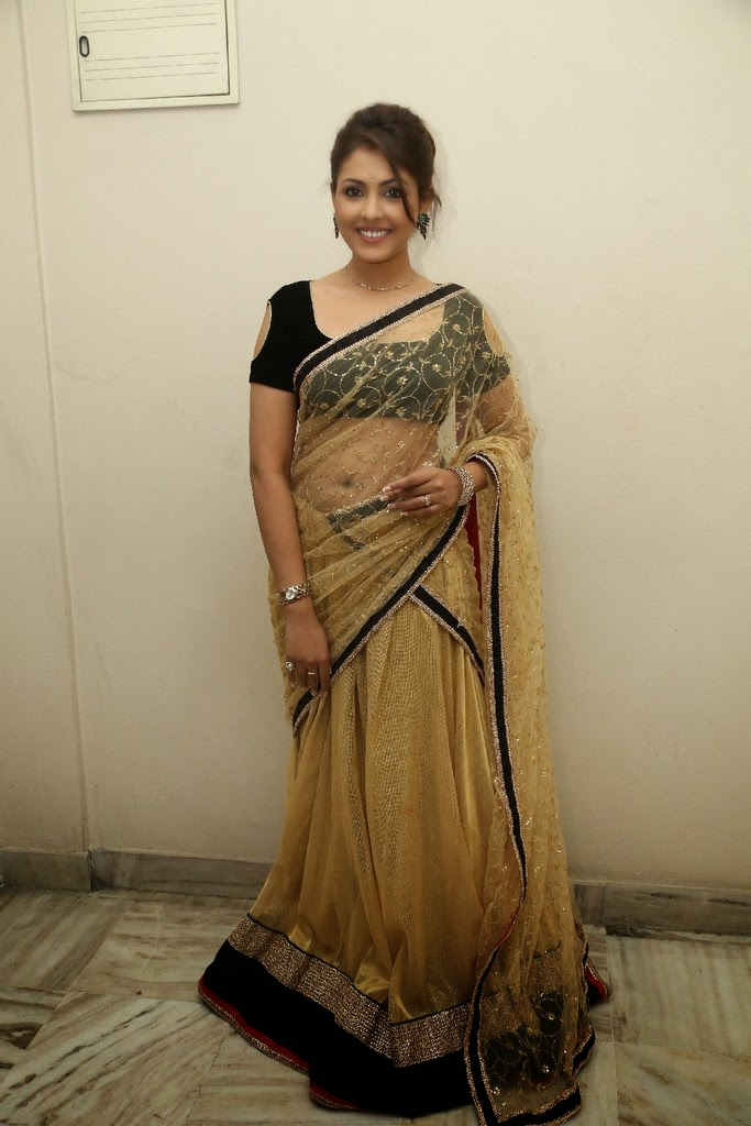 Madhu shalini Latest Photos in Saree at Seethavalokanam