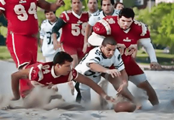 Futebol-americano-brasileiro-na-areia