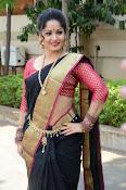 madhavi latha latest pics-thumbnail-3
