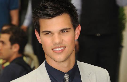 "News: Taylor Lautner esta confirmado no filme ""Incarceron"". 17"