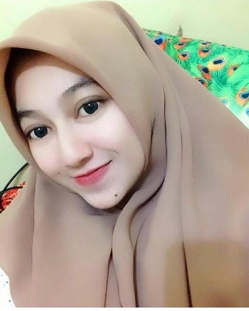 Beautiful Permata Hijaber Love