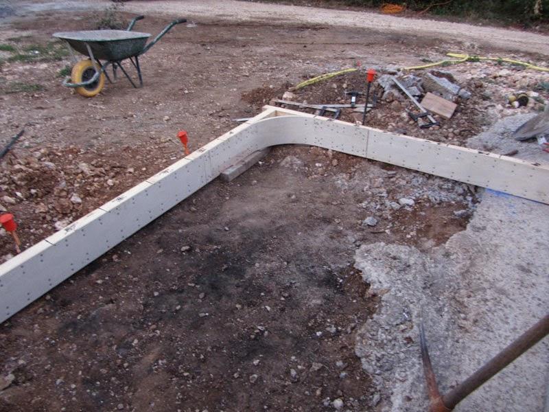 Construire un escalier en b ton de type pyramidal avec an - Comment faire des marches en beton ...