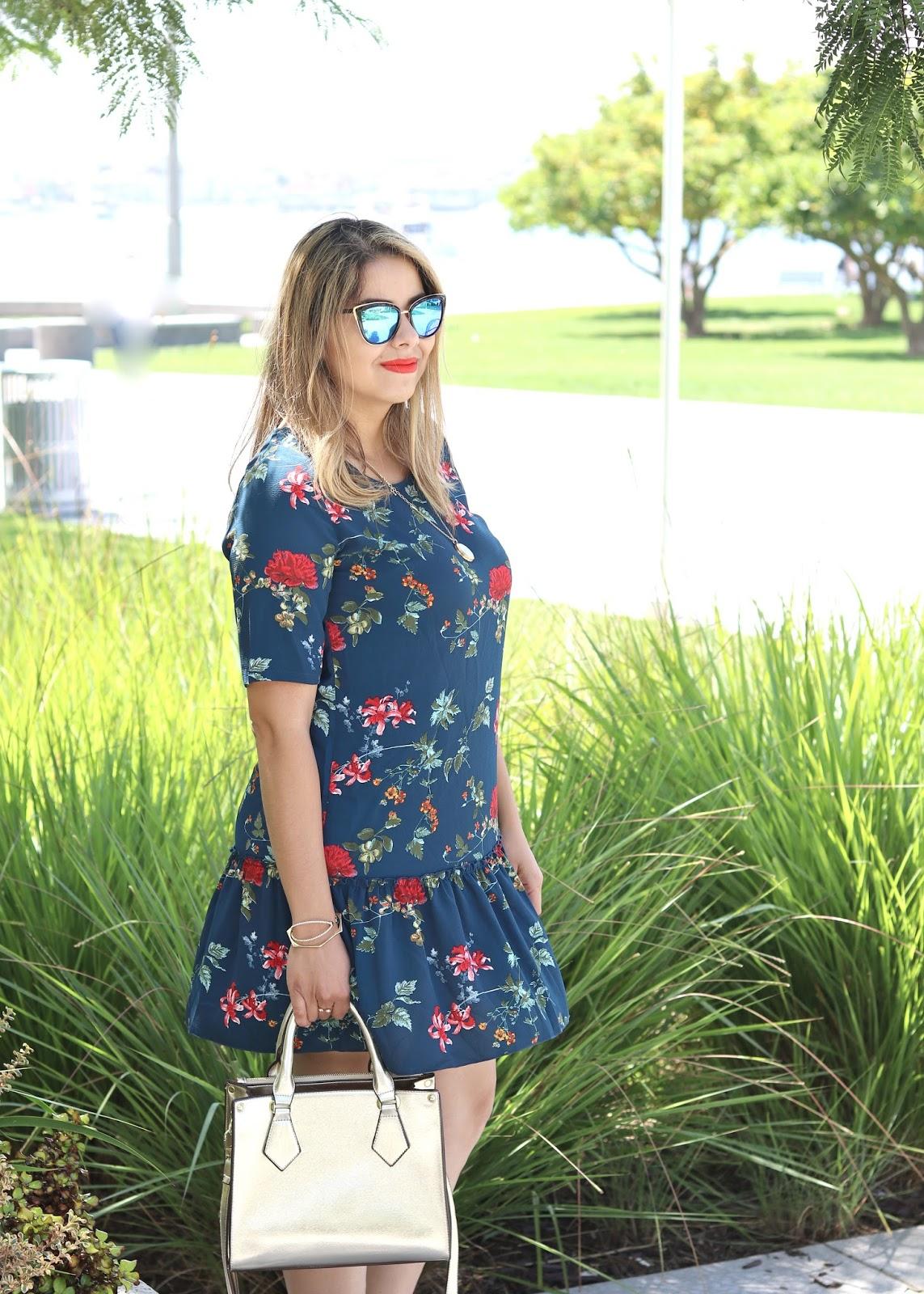 galian handbag blogger, quay sunglasses, gold structured purse, target style dress, dress under $25, affordable fashion blogger