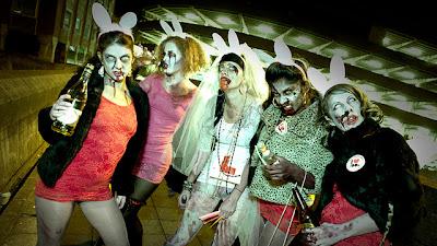 un allegro gruppo di Zombie