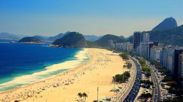 Percorrer o Rio de Janeiro num carro confortável