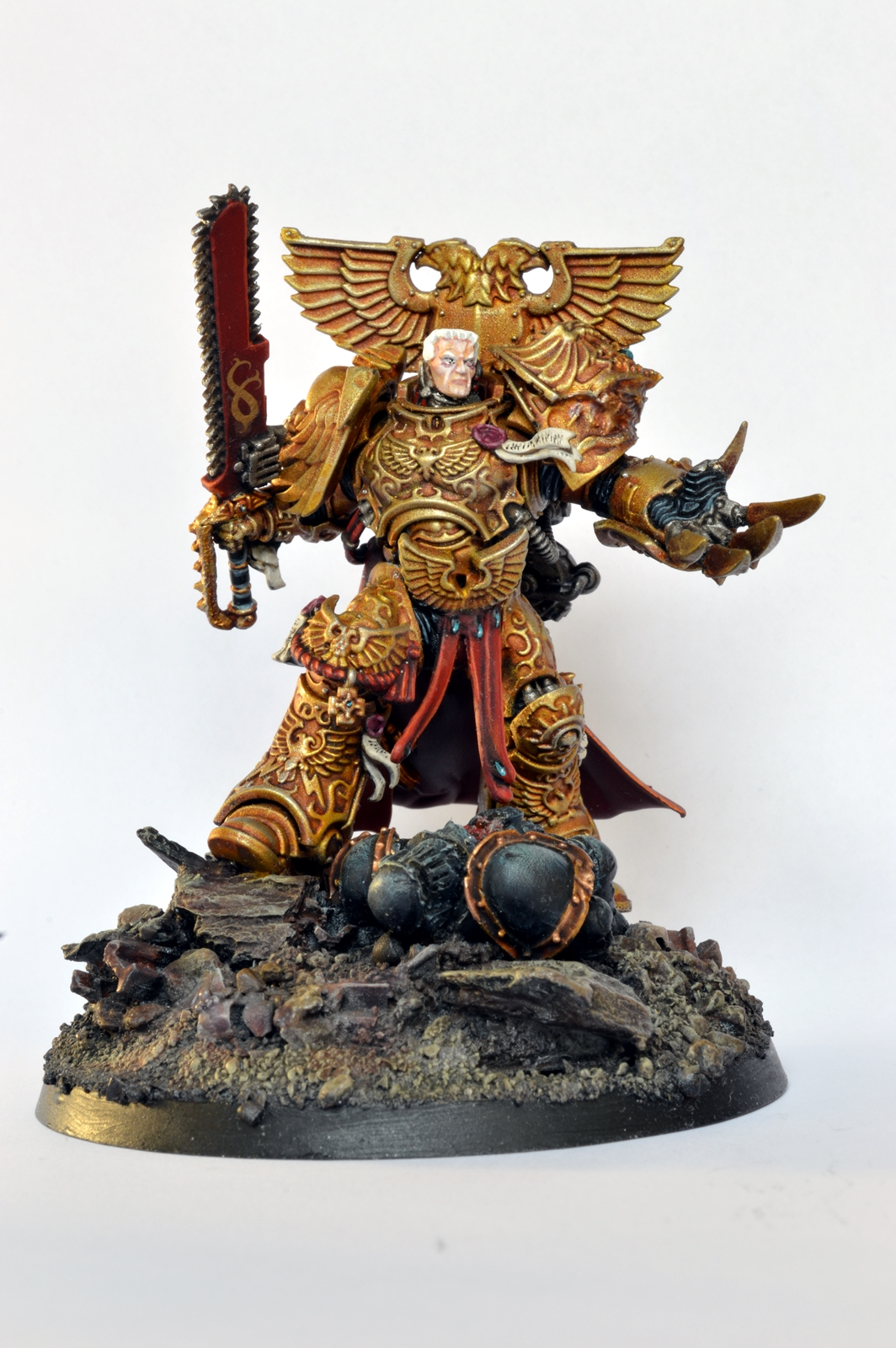 Showcase rogal dorn primarch of the imperial fists conversion tale of painters - Imperial fists 40k ...