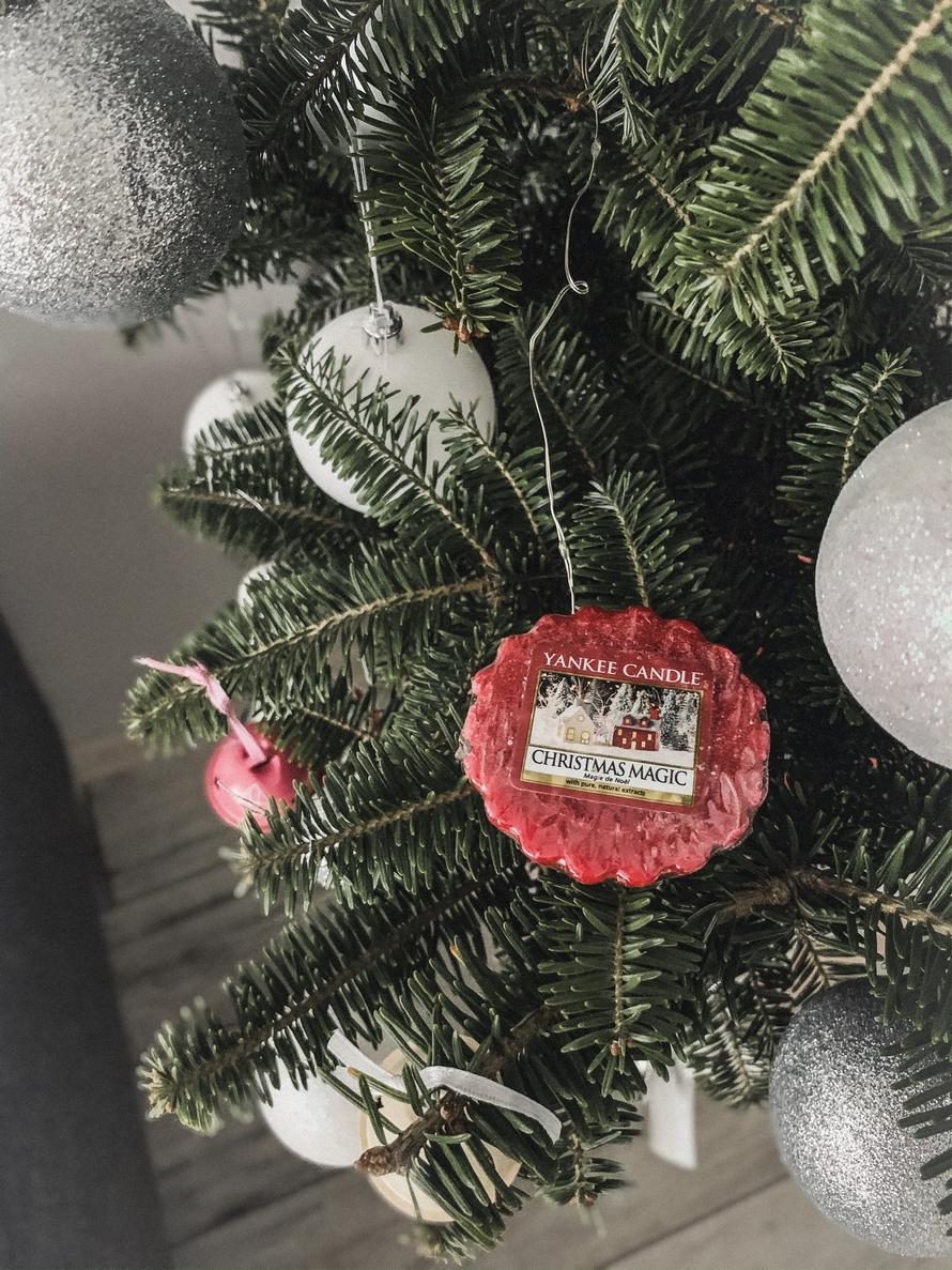 yanke_candle_christmas_magic%2B2.JPG