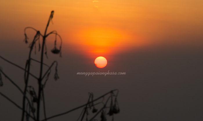 Sunset Menawan di Bukit Pandang Kemuning