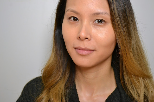 MAC Studio Waterweight SPF 30 Foundation Face Shot