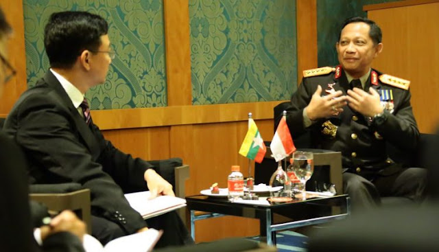 KAPOLRI Tawarkan Kerjasama Pelatihan Pemberantasan Teroris ke Kepolisian Myanmar
