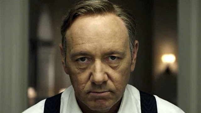 Francis Underwood da websérie House of Cards, interpretado por Kevin Spacey