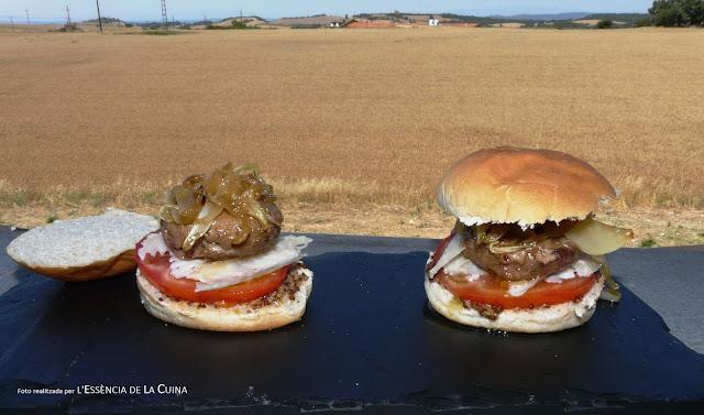 Hamburgueses vedella, cuina casolana, homemade, fet a casa, Haburguesas de ternera, l'essència de la cuina, blog de cuina de la sonia