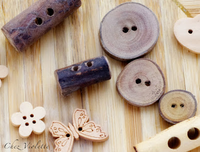 wood buttons - by Chez Violette