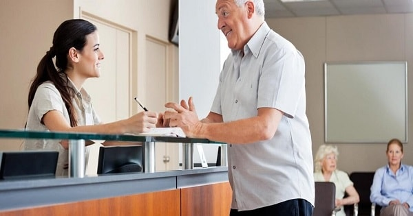 Clinica Radiológica contrata Auxiliar de Atendimento no Rio de Janeiro