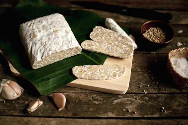 Tempe merupakan makanan gila orisinil Indonesia Tempe Makanan Ajaib Dari Indonesia
