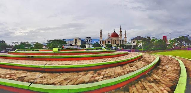 Gambar Taman Surawisesa Kawali