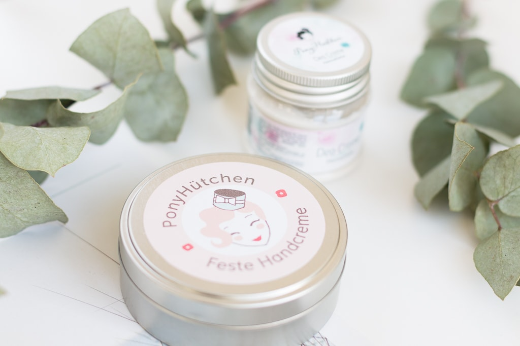Giveaway mit PonyHütchen Deo Creme und Feste Handcreme 12. Türchen Bloggin around the Christmastree Adventskalender 2017