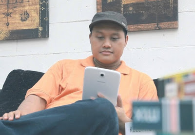 isman hs mentor stan up comedy indosiar