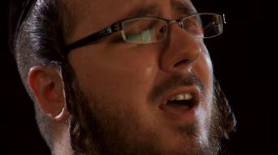 """El video musical """"Yechadshehu"""" de Yoely Greenfeld llamado ''HAMVORACH YISBORACH''."""