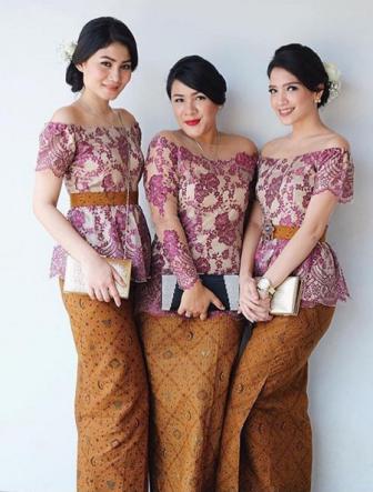 Model Kebaya Lengan Pendek Sabrina Teranyar 2016 Kumpulan Model