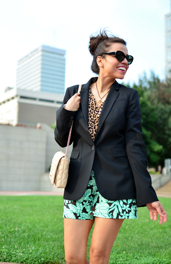 Outfit with mixed prints