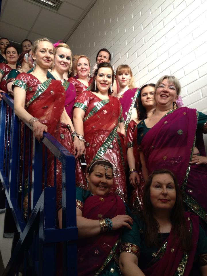 toimisto intialainen tanssi