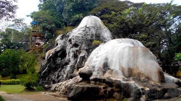 Gunung Kapur Ciseeng