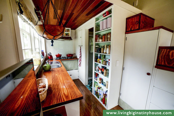 the tiny house movement is obviously not for everyone most people still prefer to have a lot more space to their name if you can say so - Tiny House Kitchen 2