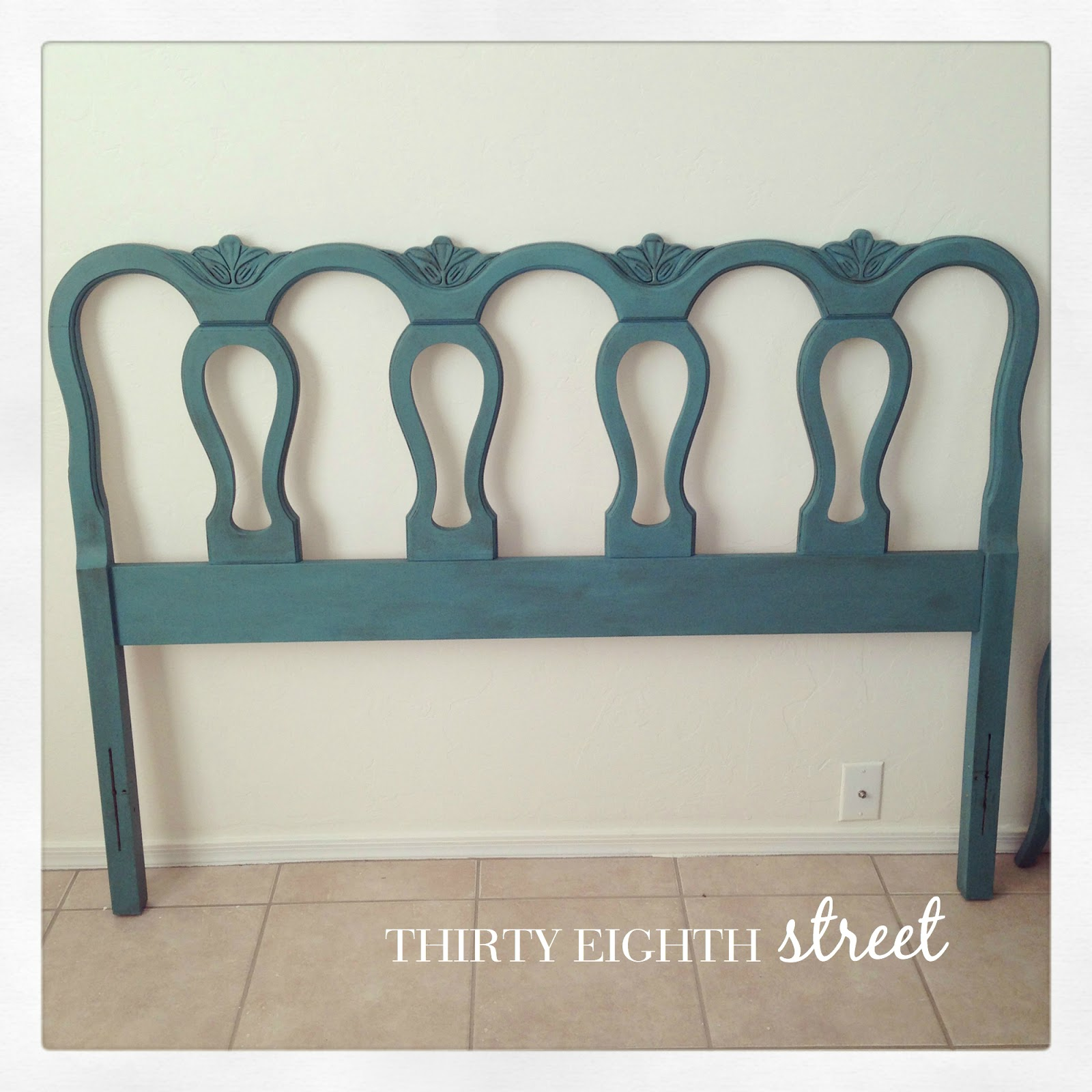 Chalk paint, annie sloan, ascp, diy, painted beds, refinished beds, twin beds, furniture makeovers, before and after