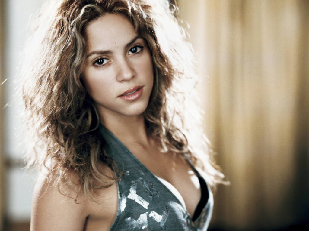 Shakira Wallpapers HD Celebrities