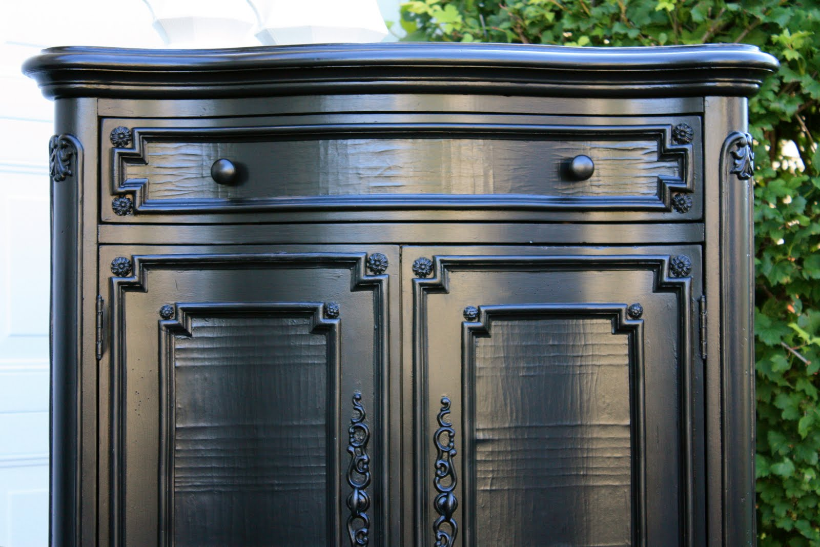 Black Finish Furniture