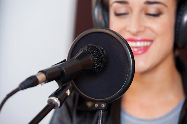 Tertarik Merekam Lagu Sendiri? Ini Alat-alat yang Kamu Butuhkan
