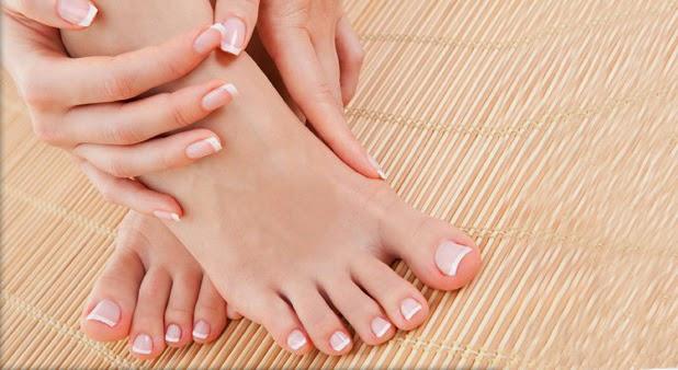manos y pies suaves