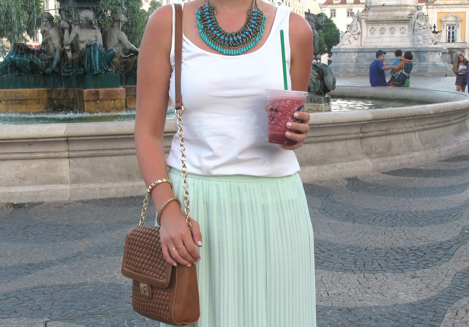 outfit mint maxi skirt leonie l wenherz. Black Bedroom Furniture Sets. Home Design Ideas