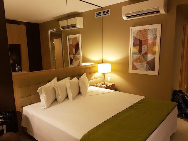 Quarto do Hotel eSuites Savassi Toscanini - Belo Horizonte