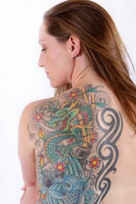 tato yang cocok di punggung