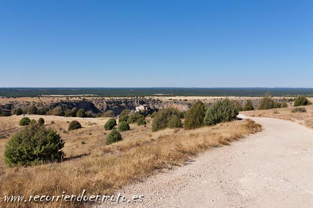Accediendo a la Hoces del Duratón, Segovia