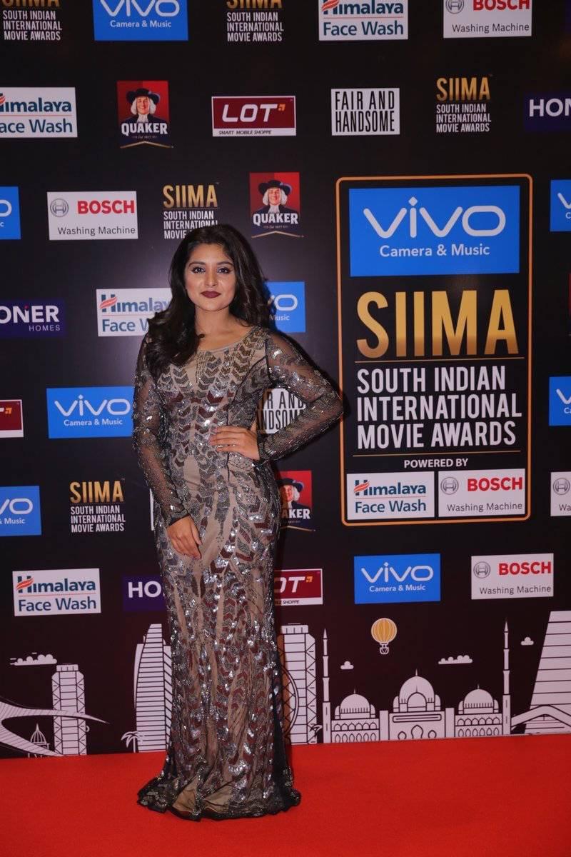 Actress Niveda Thomas Photos At SIIMA Awards 2017