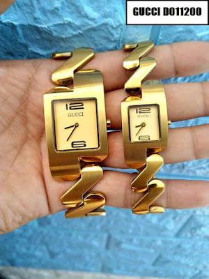 Đồng hồ đeo tay cặp đôi dây inox Gucci D011200