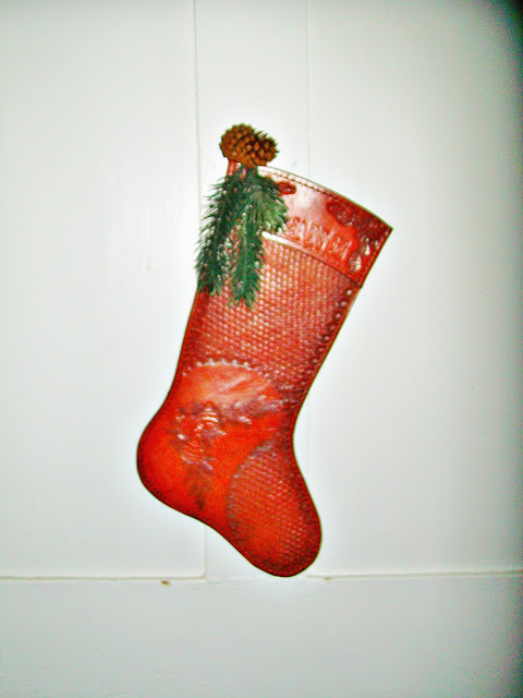 vintage-decor-Christmas-stocking-handmade-leather-athomewithjemma