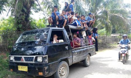Transportasi Pelajar Pali Menghawatirkan