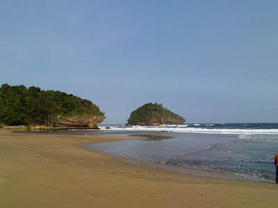 Objek Wisata Pantai Kondang Iwak