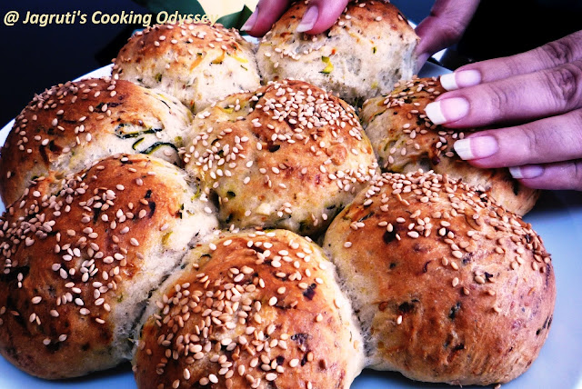 Courgette (zucchini)  & Chili Crown Bread! It is eggless and best recipe ever. Fluffy and delicious!